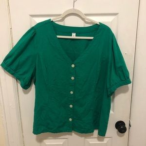 Old Navy Kelly Green Button Down Short Sleeve Top
